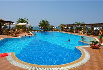 Hotel & Appartment in Kyparissia, Greece Hotel Oasis
