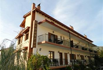Studio & Appartment in Kalavrita, Greece Enastron Guesthouse