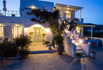 Studio & Appartment in Sifnos, Greece Gerani Suites Sifnos