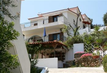 Studio & Appartment in Skiathos, Greece Eye Q Resort