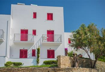 Hotel & Appartment in Andros, Greece Ostria Hotel & Apartments