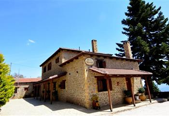 Pansion in Trikala Korinthias, Greece Filiantra Guesthouse