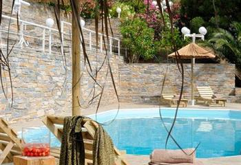 Appartment in Andros, Greece Kymothoi Rooms & Pool Bar