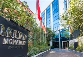 Hotel & Appartment in Istanbul, Turkey Molton Monapart Mecidiyekoy