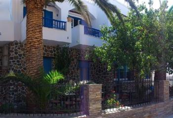 Appartment in Kythnos, Greece Foinikas Studios