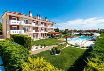 Hotel & Appartment in Chalkidiki, Greece Lagaria Palace