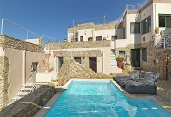 Hotel & Appartment in Sitia, Greece Cressa Ghitonia