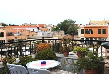 Hotel in Chania , Greece Hotel Idramon