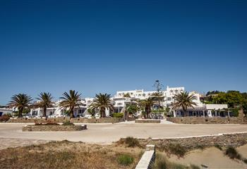 Hotel & Appartment in Tinos, Greece Cavos