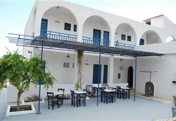 Hotel in Agistri, Greece Hotel Flisvos