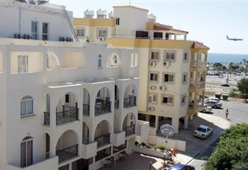 Hotel & Appartment in Larnaca, Cyprus Pasianna Hotel Apartments