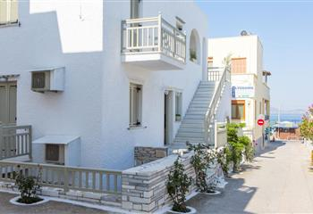 Hotel & Appartment in Naxos, Greece Lygdamis Hotel