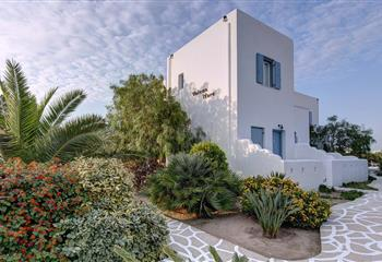 Studio & Appartment in Naxos, Greece Valena Mare