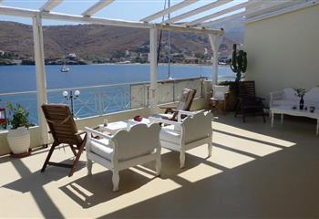 Studio & Appartment in Kea, Greece Aegean View Seaside Rooms & Studios