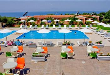 Hotel & Appartment in Kyllini, Greece Fournia Village