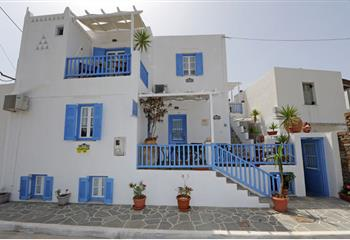 Pansion in Sifnos, Greece Pension Moschoula