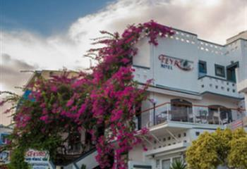 Hotel in Rethymno, Greece Fevro Hotel