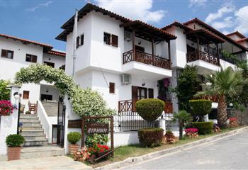 Pansion in Chalkidiki, Greece Pension Irini