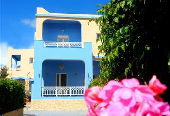 Hotel & Appartment in Leros, Greece ApartHotel Papafotis