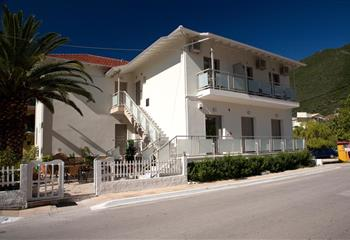 Studio & Appartment in Lefkada, Greece Savinos Rooms